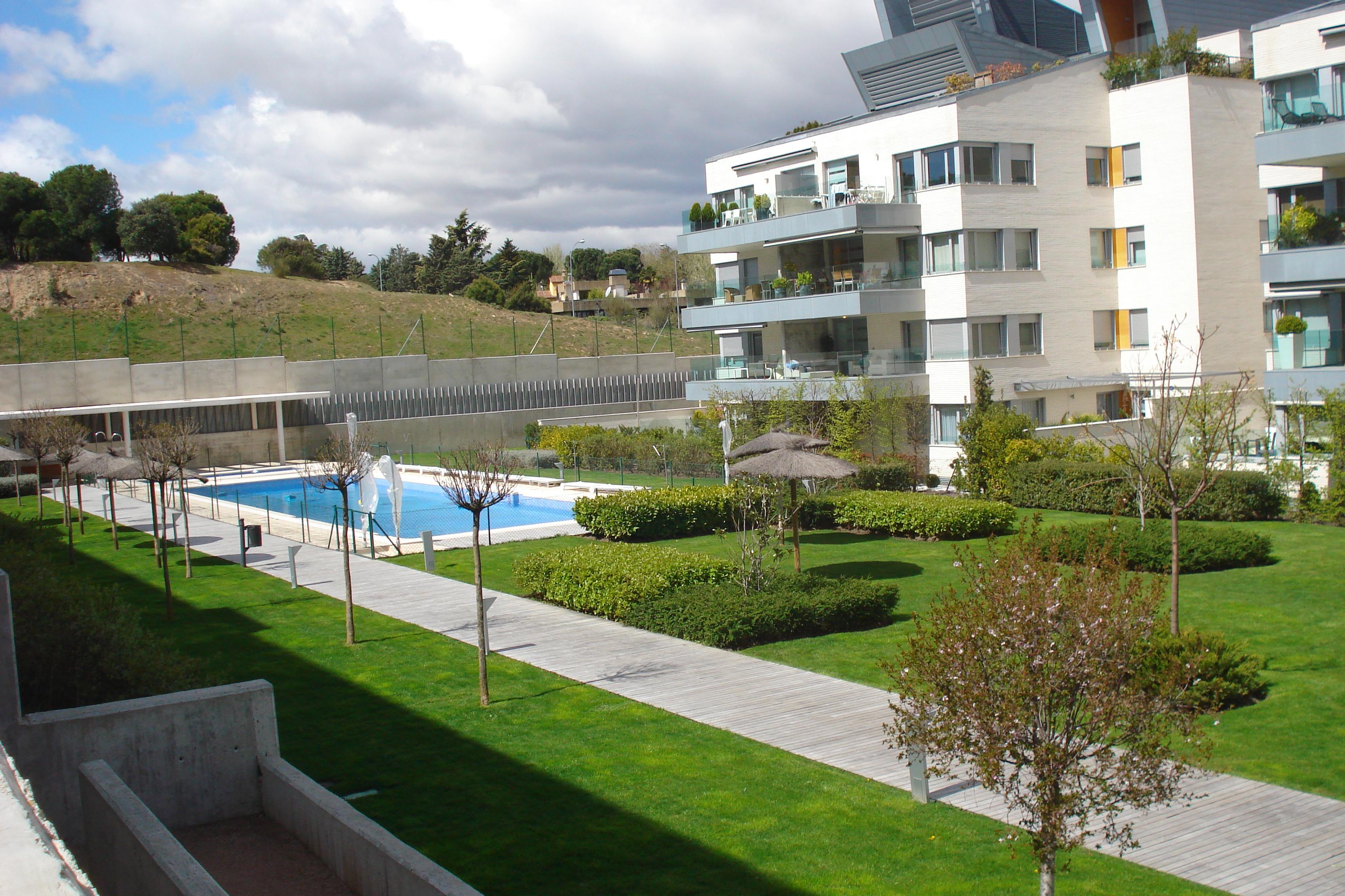 Jardineria. Jardin en Majadahonda, Madrid